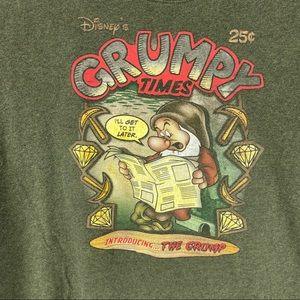 "Disney ""Grumpy Times"" Mens Large Green T-Shirt"